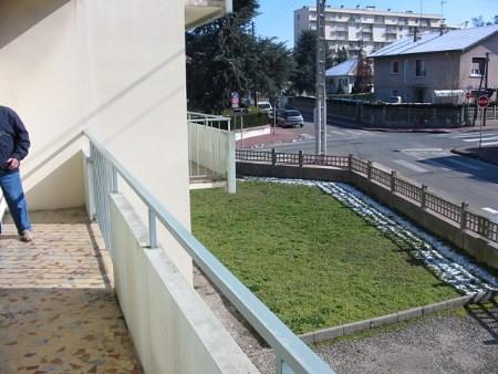 Verhuren  appartement Bron 489€ CC - Foto 4