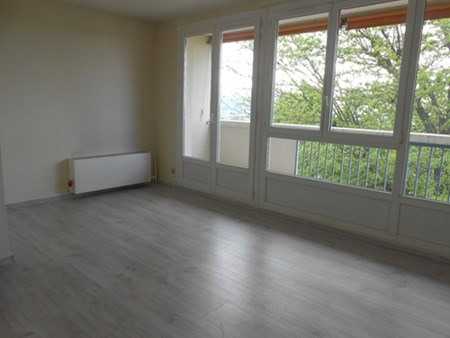 Location appartement Genay 599€ CC - Photo 2