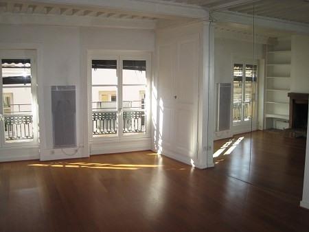 Location appartement Lyon 1er 959€ CC - Photo 2