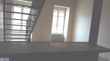Location appartement Villefranche sur saone 343€ CC - Photo 3