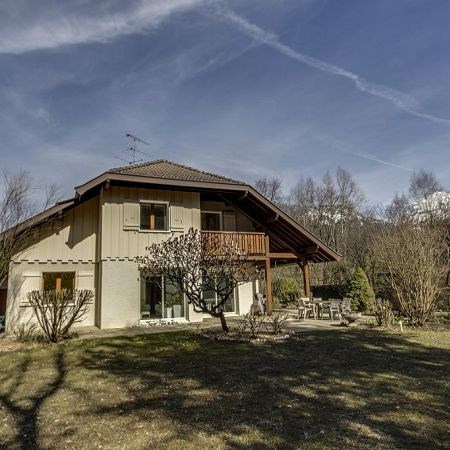 Deluxe sale house / villa Annecy 997000€ - Picture 1