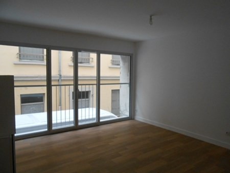 Location appartement Lyon 3ème 785€ CC - Photo 3
