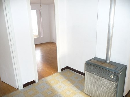 Rental apartment Lyon 8ème 765€ CC - Picture 5