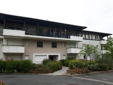 Rental apartment Hasparren 473€ CC - Picture 1