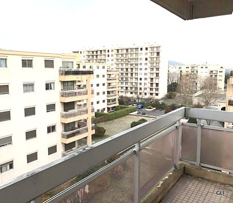 Rental apartment Caluire et cuire 888€ CC - Picture 1