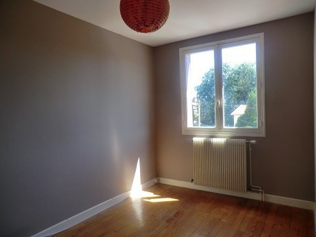 Rental apartment Chalon sur saone 408€ CC - Picture 3