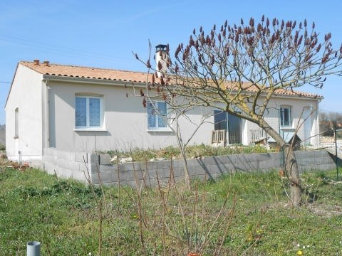 Sale house / villa Aulnay de saintonge 108 000€ - Picture 7