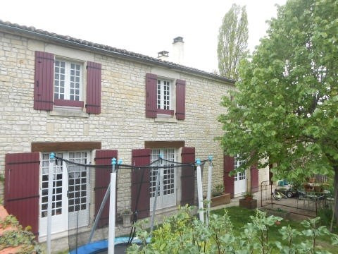 Sale house / villa Aulnay 117150€ - Picture 10
