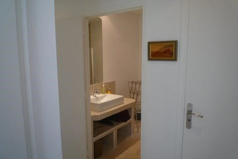 Vacation rental apartment Juan les pins  - Picture 7