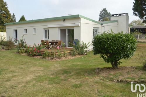 Vente - Demeure 5 pièces - 205 m2 - La Houssaye en Brie - Photo