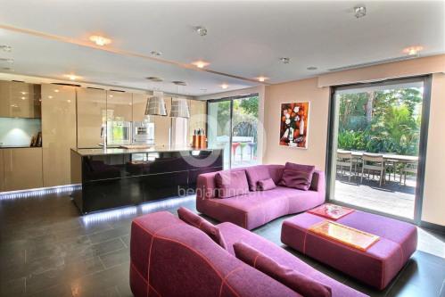 Deluxe sale - Villa 12 rooms - 700 m2 - Saint Tropez - Photo