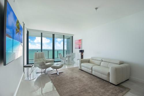 Rental - Miscellaneous - 89 m2 - Miami - Photo