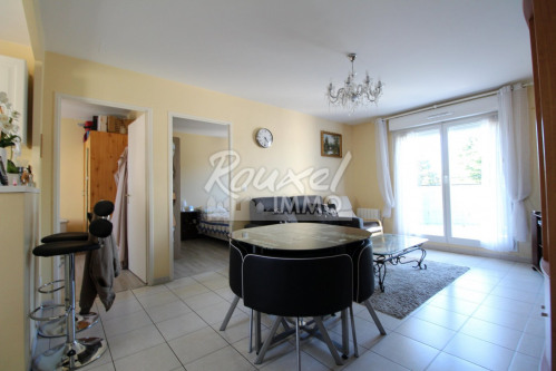 Sale - Apartment 3 rooms - 54.56 m2 - Pontault Combault - Photo