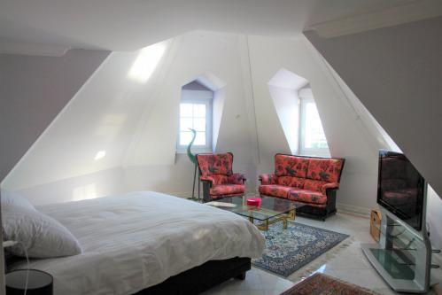 Rental - Residence 9 rooms - 270 m2 - Blonay - Photo