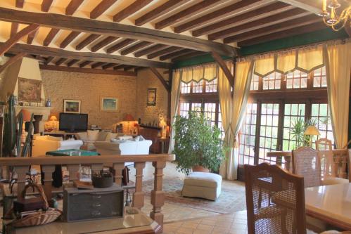 Vente - Propriété 13 pièces - 680 m2 - Pacy sur Eure - Photo