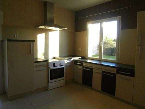 Rental house / villa 10 mn sud cognac 975€ CC - Picture 4