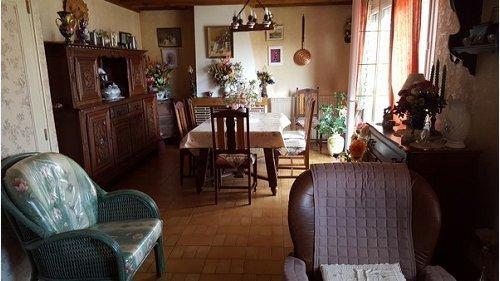 Sale house / villa Formerie 153000€ - Picture 2