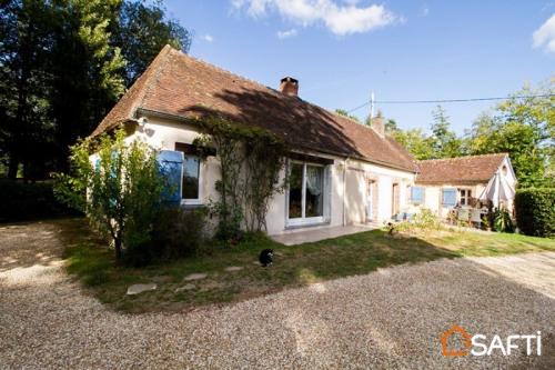 Verkoop  - oude woning 4 Vertrekken - 110 m2 - Neuilly sur Eure - Photo