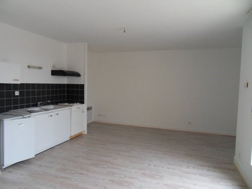 Rental apartment Cognac 397€ CC - Picture 6