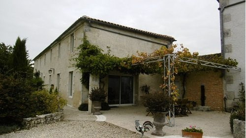 Sale house / villa Neuvicq le chateau 344 500€ - Picture 2