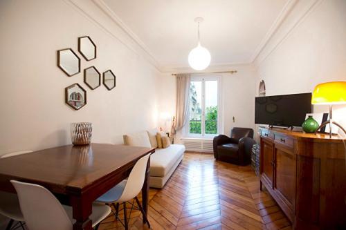 Produit d'investissement - Appartement 2 pièces - 50 m2 - Paris 7ème - Photo