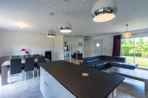 Vente - Maison contemporaine 4 pièces - 120 m2 - Hagetmau - Photo