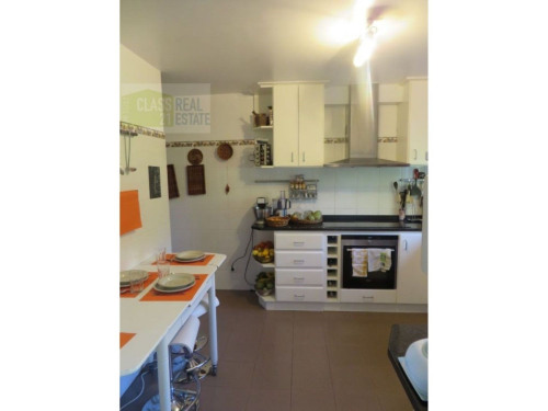 Sale - Villa 8 rooms - 176 m2 - Canhas - Photo