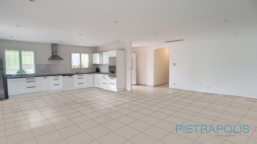 Vente - Maison contemporaine 4 pièces - 130 m2 - Pusignan - Photo