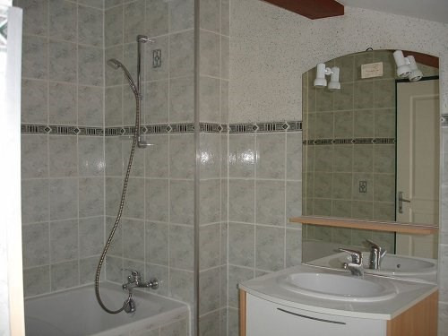 Location appartement Cognac 431€ CC - Photo 3