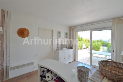 Venta  - villa 2 habitaciones - 28 m2 - Saint Aygulf - Photo