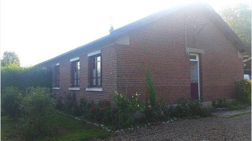 Sale house / villa Formerie 131000€ - Picture 1