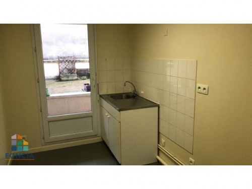 Location - Local commercial - 44 m2 - Chartres - Photo