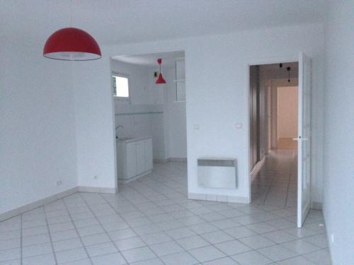 Vermietung - Wohnung 3 Zimmer - 69,1 m2 - Clichy sous Bois - Photo