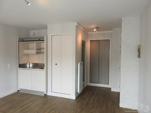 Location - Studio - 23,59 m2 - Meulan - Photo