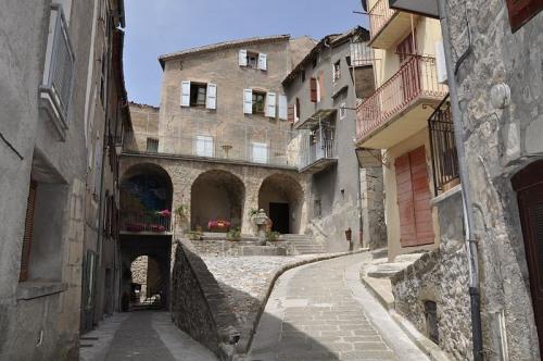 Vente - Maison de village 4 pièces - 70 m2 - Annot - Photo