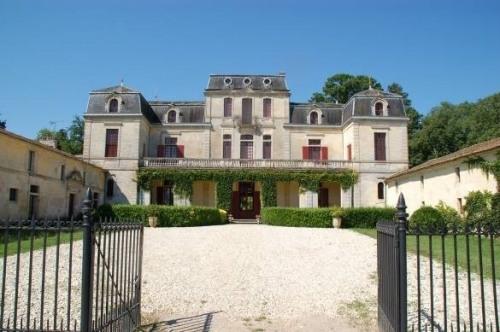 Life annuity - Chateau 20 rooms - Isle Saint Georges - Photo