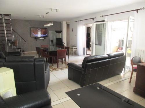Vente - Villa 5 pièces - 150 m2 - Romainville - Photo