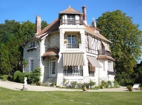 Vente - Propriété 10 pièces - 260 m2 - Samois sur Seine - Photo