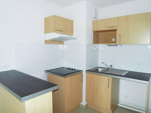 Rental apartment Cognac 488€ CC - Picture 2