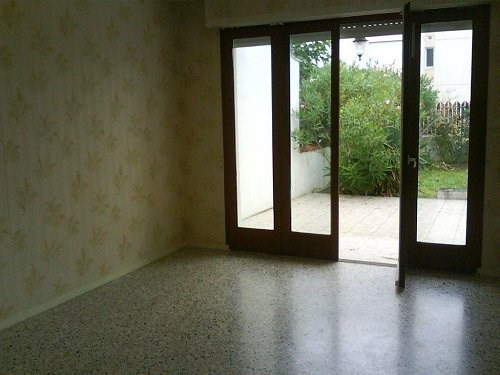 Rental house / villa Cognac 561€ CC - Picture 3