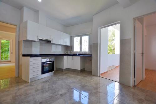 出租 - 公寓 6 间数 - 150 m2 - Póvoa de Lisboa - Photo