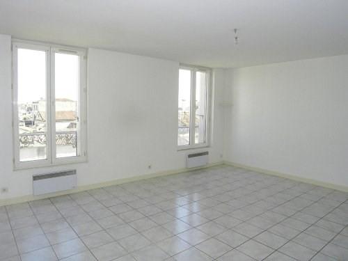 Location appartement Cognac 430€ CC - Photo 1