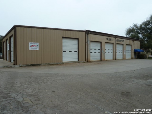 Vente - Local commercial - 1,648276 ha - Helotes - Photo