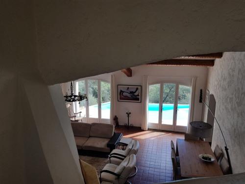 Vente - Villa 5 pièces - 138 m2 - Signes - Photo