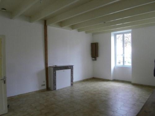 Rental house / villa 10 mn sud cognac 630€ CC - Picture 3