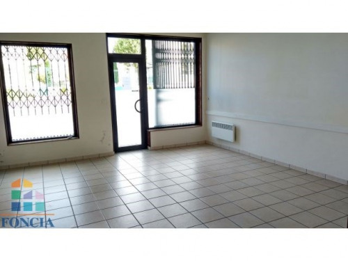 Location - Local commercial - 52 m2 - Agen - Photo