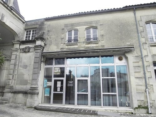 Rental office Cognac 1 250€ CC - Picture 1