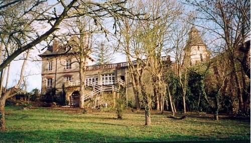 Sale house / villa Houdan 464000€ - Picture 1