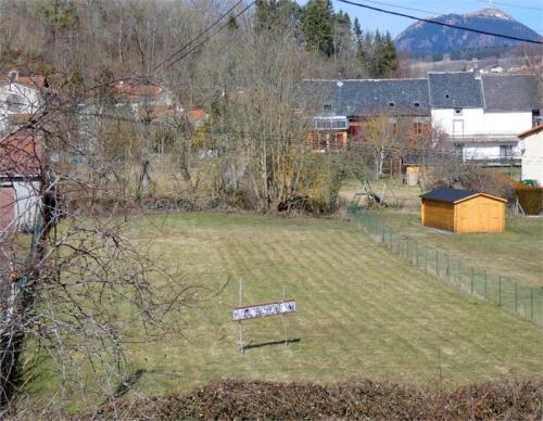 Vente - Terrain - 1203 m2 - Saint Genès Champanelle - Photo