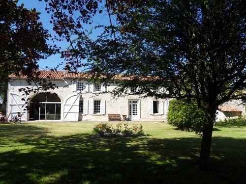 Vente maison / villa 10 mn sud cognac 371000€ - Photo 2